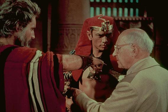 Lịch sử lừng danh của hãng phim Paramount Pictures - Ảnh 4.