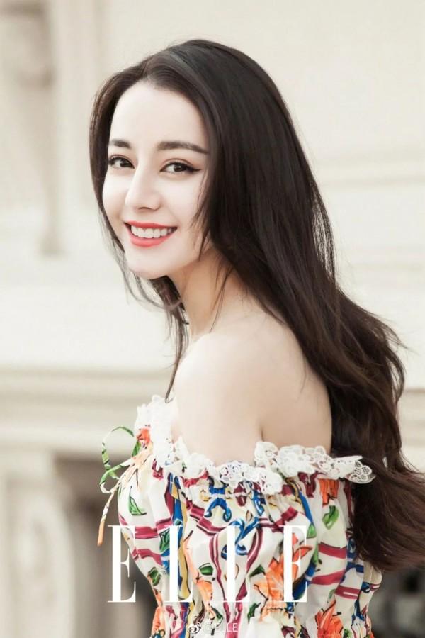 Đâu chỉ có Địch Lệ Nhiệt Ba, Tân Cương còn là vùng đất sản sinh ra hàng loạt mỹ nữ đẹp nghiêng nước nghiêng thành - Ảnh 1.