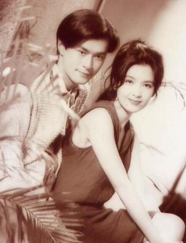 Loạt ảnh đáng giá ngàn vàng của sao Hoa ngữ ngày xưa: Không ngờ Song Hye Kyo là fan ruột của Trương Quốc Vinh - Ảnh 4.