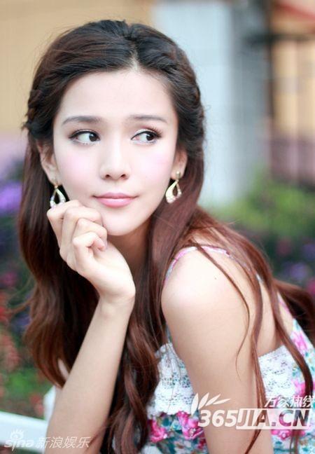Đâu chỉ có Địch Lệ Nhiệt Ba, Tân Cương còn là vùng đất sản sinh ra hàng loạt mỹ nữ đẹp nghiêng nước nghiêng thành - Ảnh 31.