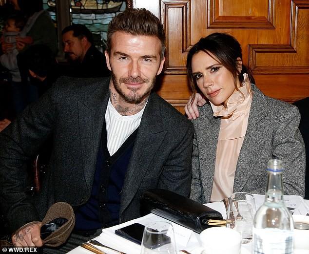 Đây là động thái của vợ chồng Beckham giữa tin đồn bị Angelina Jolie phá hoại hạnh phúc hôn nhân - Ảnh 2.