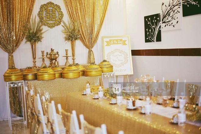 MiA rạng rỡ diện áo dài đỏ, đeo vàng đầy tay trong lễ rước dâu tại quê nhà Vĩnh Long - Ảnh 11.