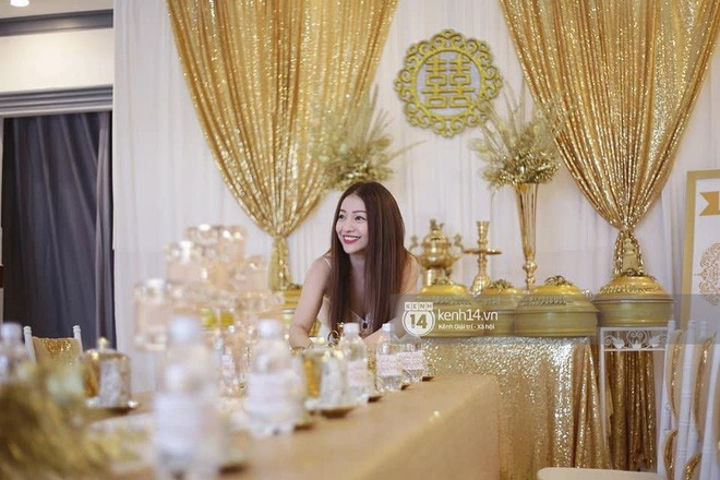 MiA rạng rỡ diện áo dài đỏ, đeo vàng đầy tay trong lễ rước dâu tại quê nhà Vĩnh Long - Ảnh 14.