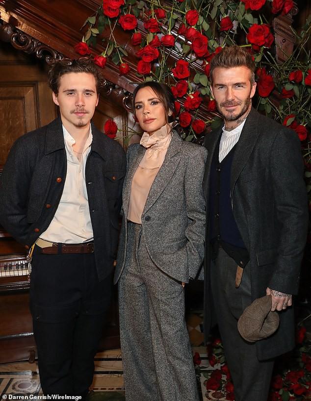 Đây là động thái của vợ chồng Beckham giữa tin đồn bị Angelina Jolie phá hoại hạnh phúc hôn nhân - Ảnh 7.