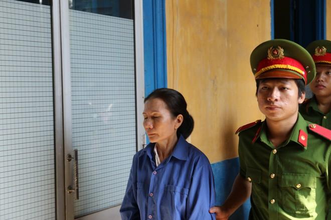 Bị đề nghị án tử hình vì tội tham ô, cựu nữ giám đốc Agribank Bến Thành xin hiến xác cho y học  - Ảnh 2.