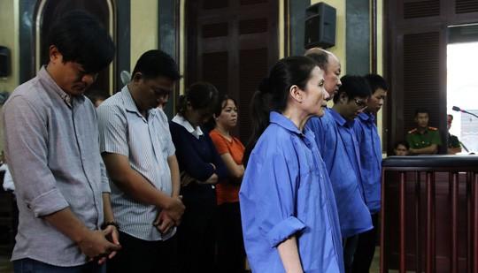 Bị đề nghị án tử hình vì tội tham ô, cựu nữ giám đốc Agribank Bến Thành xin hiến xác cho y học  - Ảnh 1.