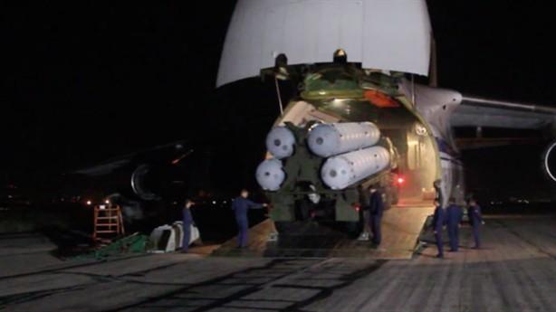 Tên lửa S-300 Syria mật phục: Chờ màn pháo hoa chết chóc chào đón F-16 Israel! - Ảnh 2.