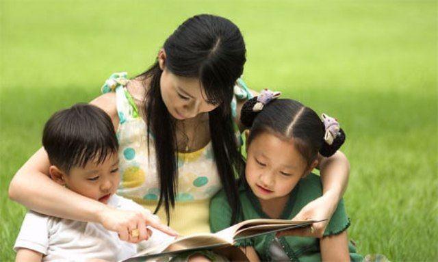 Con trai hỏi Bố ơi, tại sao bố lại nằm trên người mẹ?, câu trả lời của bố được hưởng ứng nhiệt liệt - ảnh 2