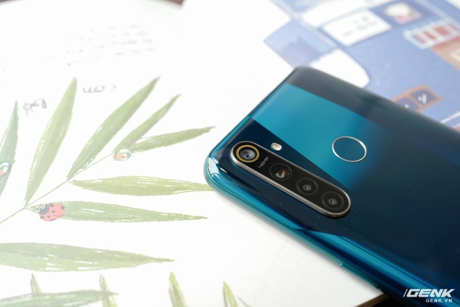 Đánh giá Realme 5 Pro: 4 điều Yêu 3 điều Không thích - Ảnh 4.