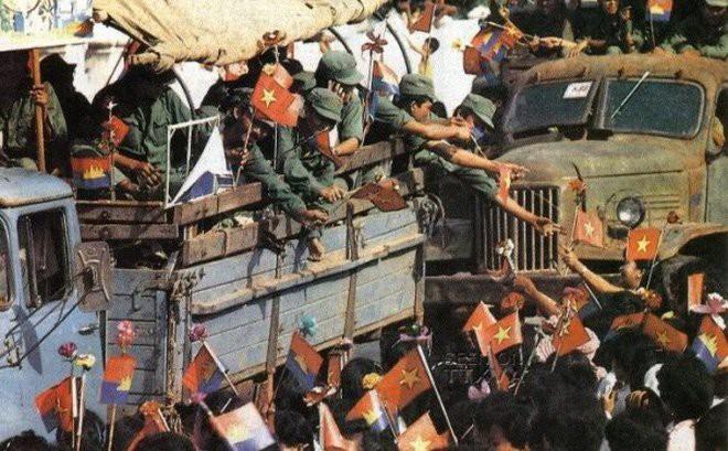 Những ổ phục kích giữa đêm và loại mìn man rợ nhắm vào bộ đội Việt Nam của Khmer Đỏ - Ảnh 8.