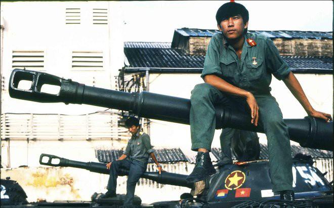 Những ổ phục kích giữa đêm và loại mìn man rợ nhắm vào bộ đội Việt Nam của Khmer Đỏ - Ảnh 9.