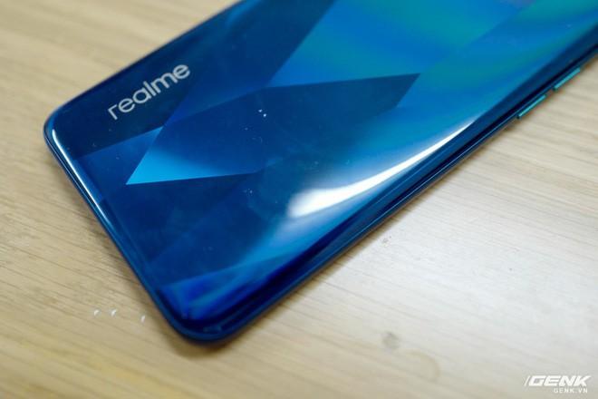 Đánh giá Realme 5 Pro: 4 điều Yêu 3 điều Không thích - Ảnh 10.