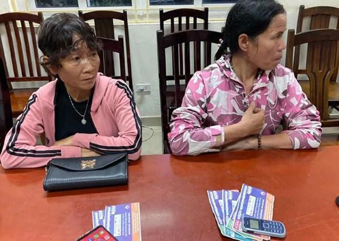Bắt quả tang 6 cò vé trận Việt Nam - Malaysia - Ảnh 2.