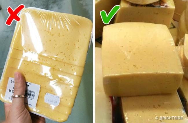 9 điều cần nhớ khi mua thực phẩm ở siêu thị để không mua phải hàng kém chất lượng - Ảnh 1.