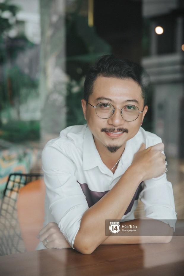 Hứa Minh Đạt ngỡ cầm nhầm kịch bản khi đóng Lũ Tiếng Sét Trong Mưa, kể chuyện Cao Thái Hà sáng tạo cực mạnh cho cảnh cưỡng hiếp - ảnh 1