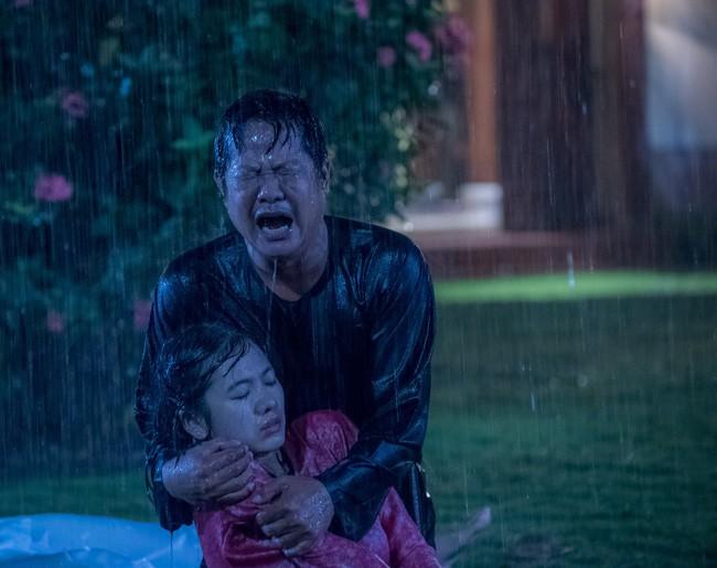 Lý do có tên Tiếng sét trong mưa: Vì con gái Thị Bình ngủ với anh trai, tự sát bằng điện giật giữa mưa bão? - ảnh 5
