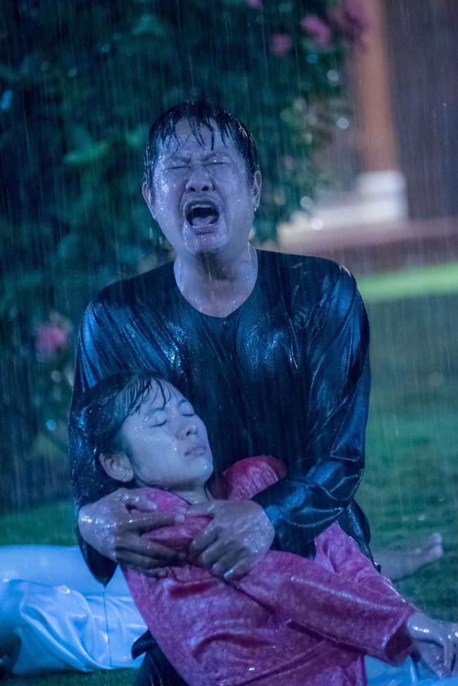 Lý do có tên Tiếng sét trong mưa: Vì con gái Thị Bình ngủ với anh trai, tự sát bằng điện giật giữa mưa bão? - ảnh 6