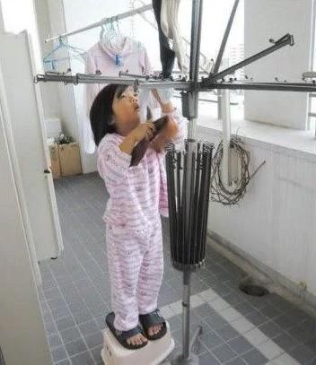 Bé gái từng gây xúc động khi 5 tuổi biết nấu ăn, làm việc nhà trước khi mẹ qua đời vì ung thư bây giờ ra sao? - Ảnh 10.