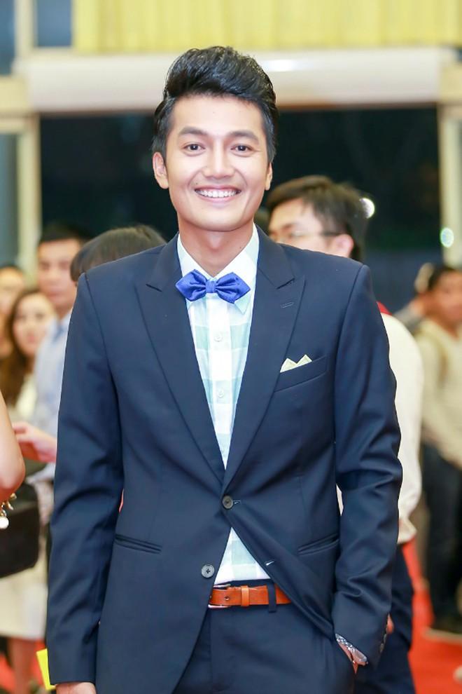 Danh tính nữ ca sĩ xinh đẹp, từ bỏ showbiz để làm vợ diễn viên Quang Tuấn - Ảnh 1.
