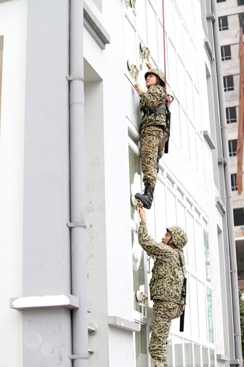 Nữ chiến đấu viên đặc công ở đơn vị biệt động - Ảnh 3.