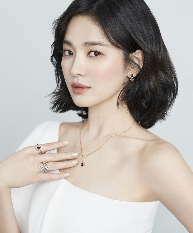 3 tháng sau vụ ly hôn 2000 tỉ, lần đầu tiên Song Hye Kyo chịu xuất hiện tại Hàn Quốc - Ảnh 2.