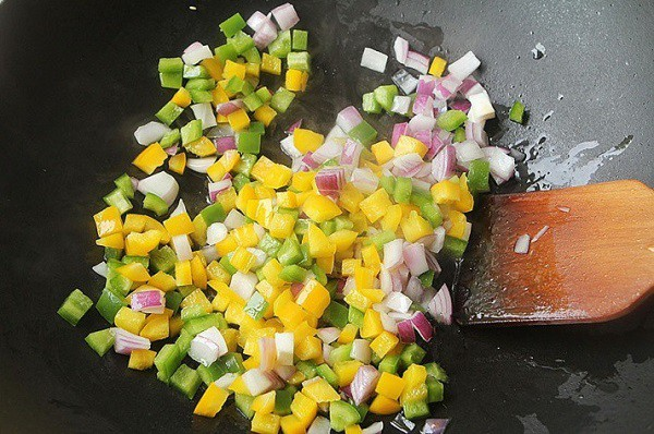 Đâu chỉ có xào chua ngọt, sườn nấu theo cách này cũng khiến cả nhà vét sạch nồi cơm - Ảnh 4.