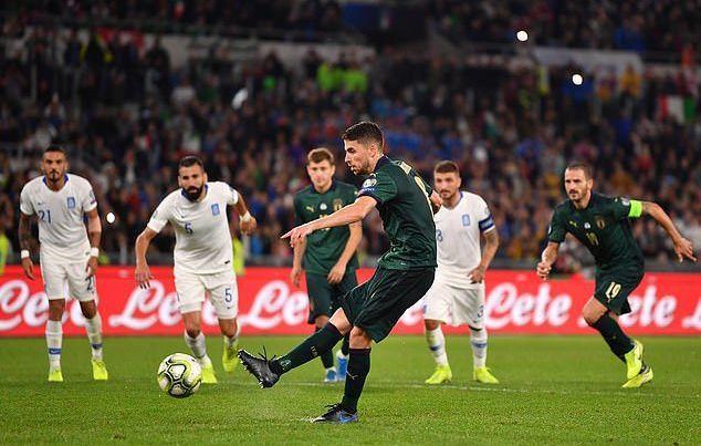 Thổi bay Hy Lạp, Italia đoạt vé dự EURO 2020 trước 3 lượt trận - Ảnh 1.