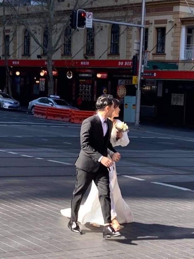 Đông Nhi chính thức hé lộ thiệp cưới trước thềm hôn lễ với Ông Cao Thắng đúng ngày sinh nhật - ảnh 3