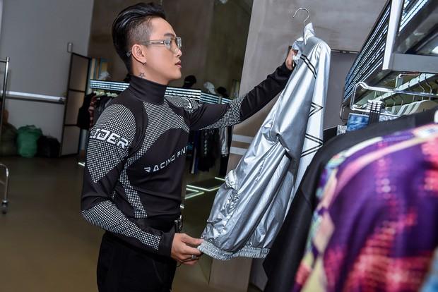 Từng bị gán mác ăn mặc thảm hoạ, TiTi HKT lột xác ngầu ngỡ ngàng chuẩn bị dự sự kiện thời trang quốc tế - Ảnh 6.