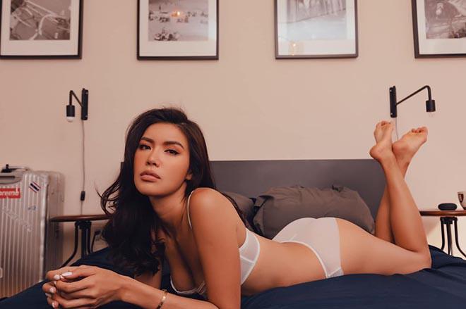 Ảnh nội y nóng bỏng của siêu mẫu Minh Tú - ảnh 2
