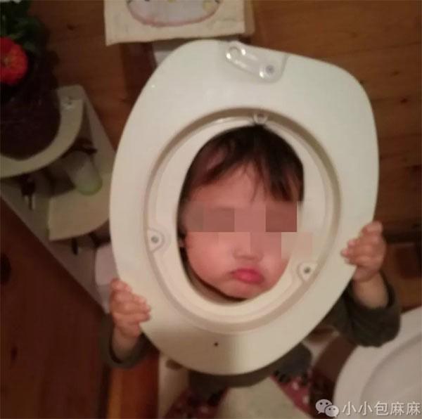 Những hình ảnh không nhịn được cười khi mẹ nói con một đằng, con lại làm một nẻo - Ảnh 13.