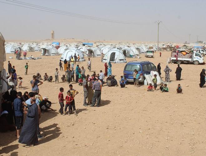Quân đội Syria hợp lực với người Kurd, Thổ Nhĩ Kỳ tấn công xe chở người nước ngoài - Ảnh 19.