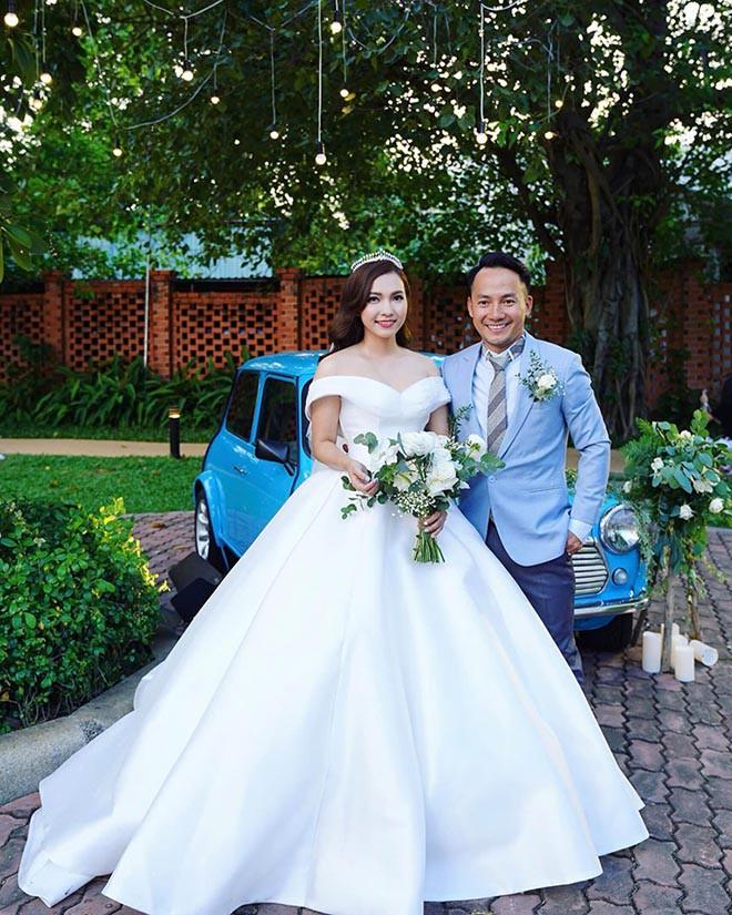 Trước ngày đẻ, vợ kém 10 tuổi của rapper Tiến Đạt phát hiện sai lầm khi ngồi lọc ảnh cưới - Ảnh 1.