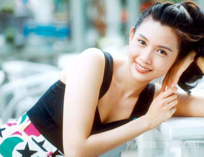 Những mỹ nhân nóng bỏng một bước thành sao nhờ đóng phim của Châu Tinh Trì - Ảnh 7.