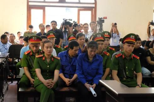 Hôm nay (15/10), xét xử vụ sửa điểm thi THPT Quốc gia 2018 tại Sơn La - Ảnh 2.
