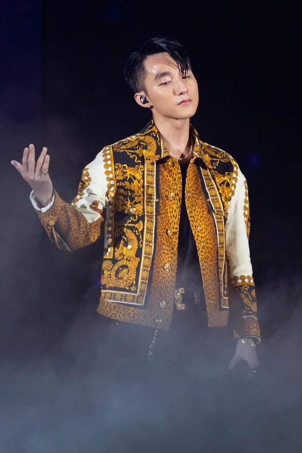 Không chỉ ở showbiz Hàn, hàng loạt sao Việt cũng từng áp lực đến mức trầm cảm, nung nấu ý định tự tử - Ảnh 1.