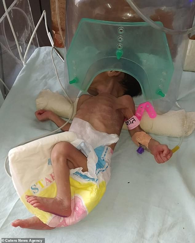 Bị chôn sâu gần 1 mét dưới đất, bé gái 3 ngày tuổi gây ngỡ ngàng khi còn sống - Ảnh 1.