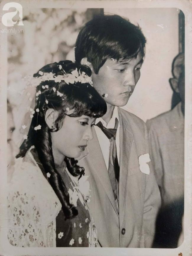 31 năm trước uống một cốc nước mía bên đường, người đàn ông mê luôn cô bán hàng, diễn một cú lừa rồi thành công cưới về làm vợ - ảnh 2