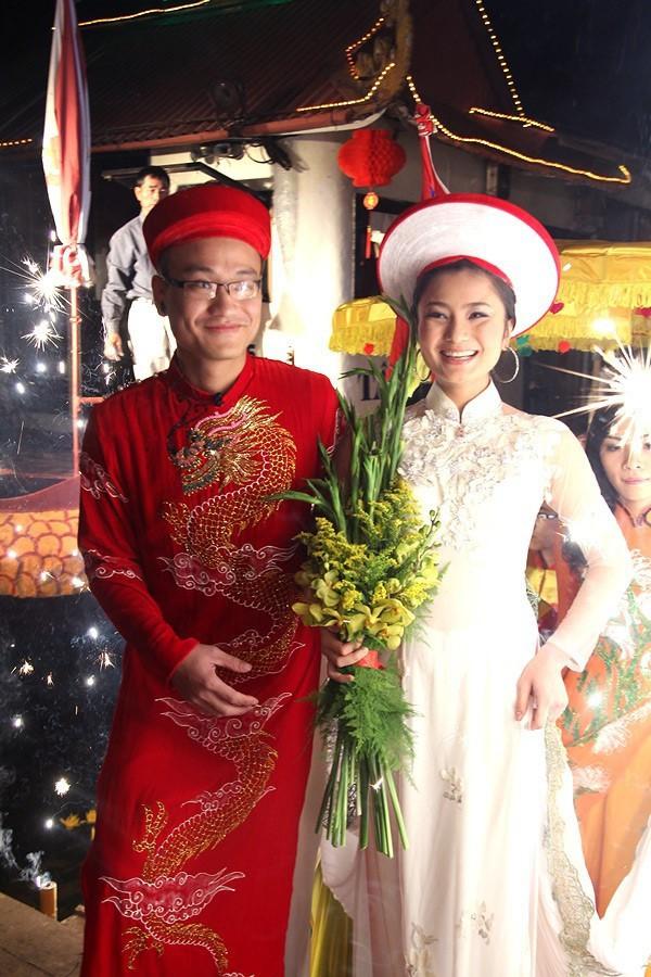 Diệu Hương Hoa hồng trên ngực trái: Gái Thành Nam làm dâu trưởng phố cổ Hà Thành - Ảnh 2.