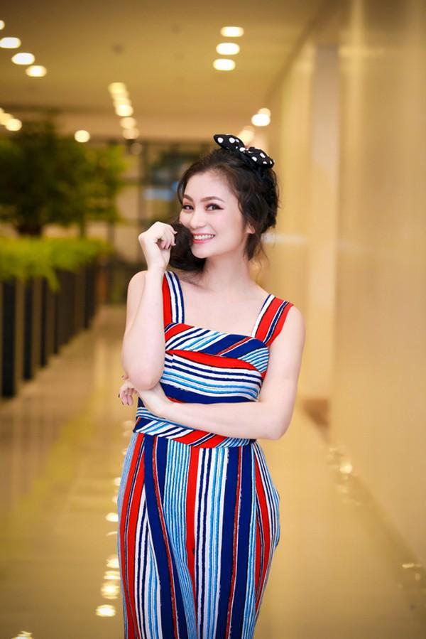 Diệu Hương Hoa hồng trên ngực trái: Gái Thành Nam làm dâu trưởng phố cổ Hà Thành - Ảnh 16.