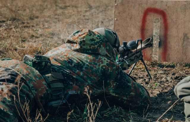Sứ giả tử thần : Kinh nghiệm thao trường hun đúc lính bắn tỉa Nga - Ảnh 4.
