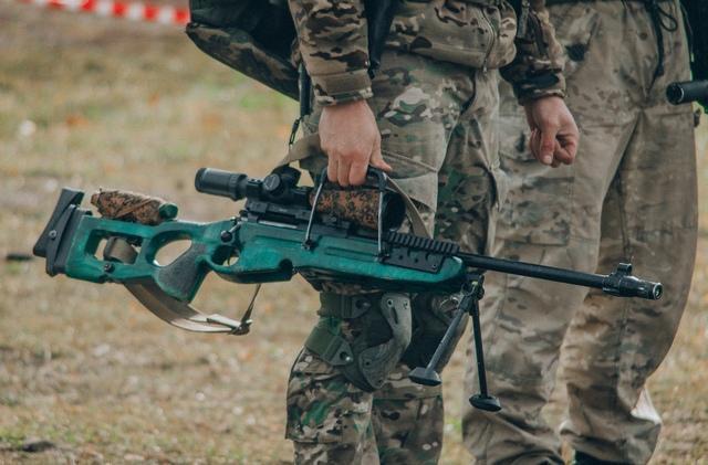 Sứ giả tử thần : Kinh nghiệm thao trường hun đúc lính bắn tỉa Nga - Ảnh 8.