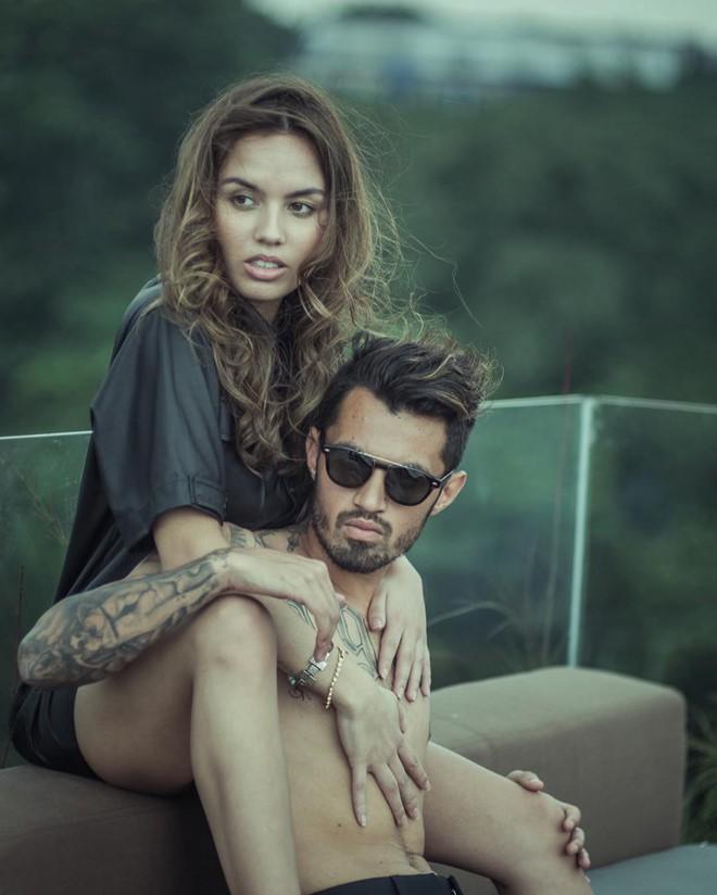 Dàn WAGs là người mẫu, blogger nóng bỏng của tuyển Indonesia - Ảnh 8.