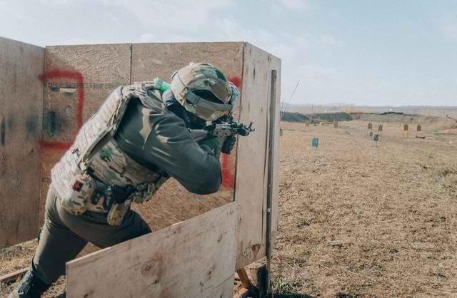 Sứ giả tử thần : Kinh nghiệm thao trường hun đúc lính bắn tỉa Nga - Ảnh 10.