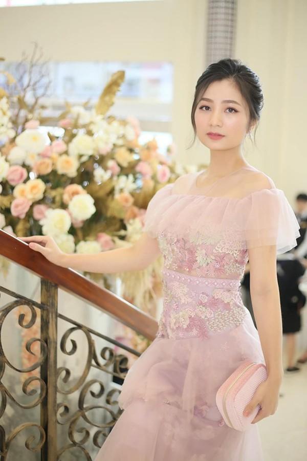 Diệu Hương Hoa hồng trên ngực trái: Gái Thành Nam làm dâu trưởng phố cổ Hà Thành - Ảnh 11.