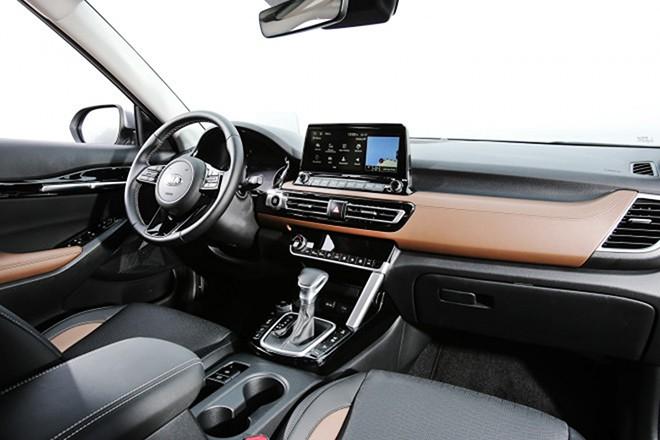 Xe ô tô hạng trung này của Kia đã bán gần 14.000 chiếc trong 2 tháng - Ảnh 3.