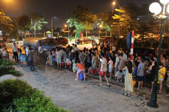 Hàng vạn dân Hà Nội dùng nước không đảm bảo trong 1 tuần qua: Lãnh đạo nào, cơ quan nào chịu trách nhiệm? - Ảnh 4.