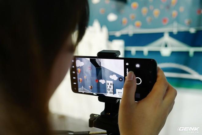 Bộ đôi Oppo Reno 2 và 2F chính thức ra mắt tại Việt Nam hôm nay: Thiết kế vây cá mập độc quyền, 4 camera, sạc VOOC 3.0, giá 8,99 và 14,99 triệu đồng - Ảnh 12.