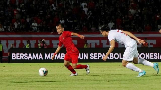 Vừa thảm bại trước Việt Nam, ngôi sao tí hon của Indonesia lại khổ sở vì quy định kỳ quặc - Ảnh 1.