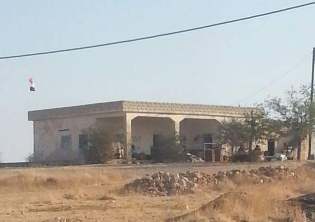 SDF bắn cháy xe tăng Thổ Nhĩ Kỳ, KQ Nga oanh tạc dữ dội khủng bố Syria - Chiến sự vô cùng ác liệt - Ảnh 4.